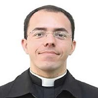 Padre Celso Henrique Macedo Diniz